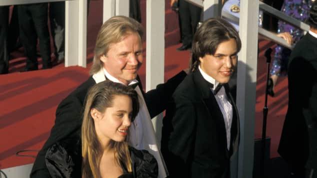 Angelina Jolie, Jon Voight, James Haven bei den Oscars 1988
