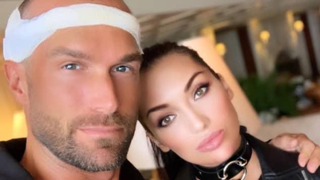 Bastian Yotta mit seiner Freundin