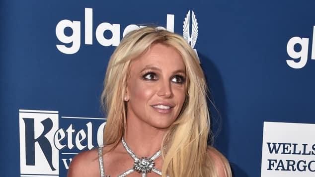 Britney Spears in einem mega sexy Kleid auf den GLAAD Awards