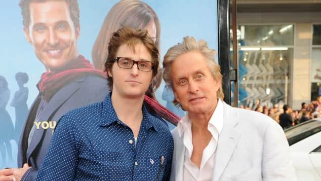 Michael Douglas (rechts) mit seinem Sohn Cameron Douglas