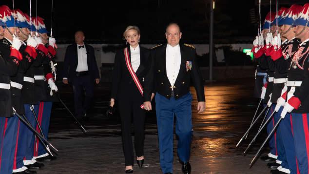 Fürstin Charléne und Fürst Albert bei der Nationalfeiertagsgala