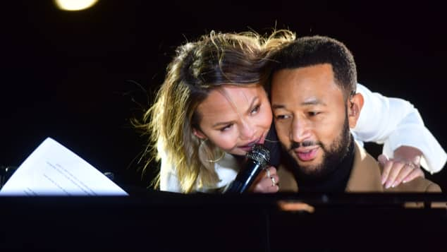 Chrissy Teigen und John Legend beim Election Day in den USA 2020