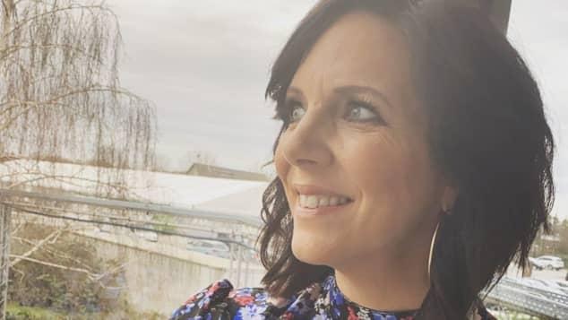 Daniela Büchner erstrahlt im neuen Look