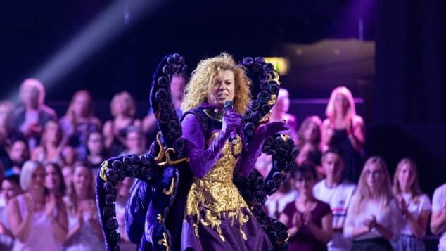 """Lucy Diakovska in der ProSieben Show """"The Masked Singer"""" 2019"""