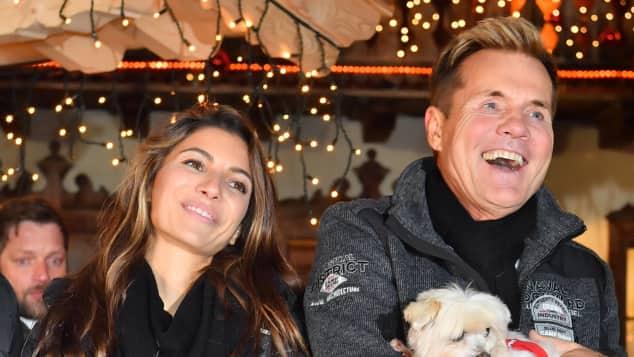 Dieter Bohlen und Carina sind ein unzertrennliches Paar