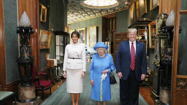 Donald und Melania Trump mit Königin Elisabeth II.