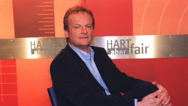 """Frank Plasberg zu Beginn seiner Karriere bei """"HART aber fair"""""""