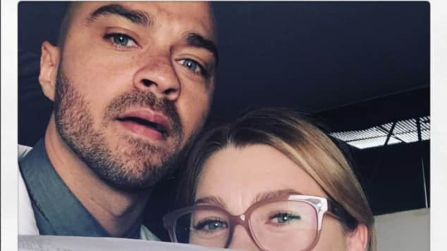 """Ellen Pompeo und Jesse Williams am Set von """"Grey's Anatomy"""""""