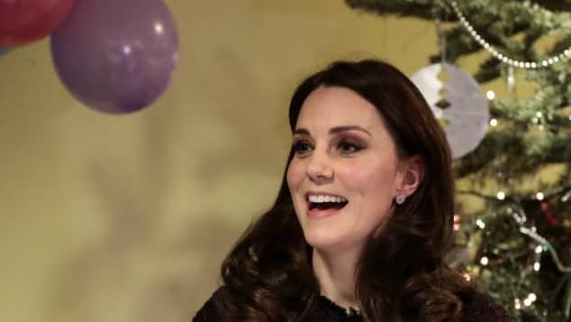 """Herzogin Kate auf der """"Magic Mums""""-Weihnachtsfeier"""