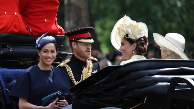 Herzogin Meghan Prinz Harry Trooping the Colour Queen Geburtstag