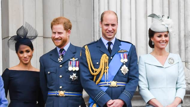 Herzogin Meghan, Prinz Harry, Prinz William und Herzogin Kate
