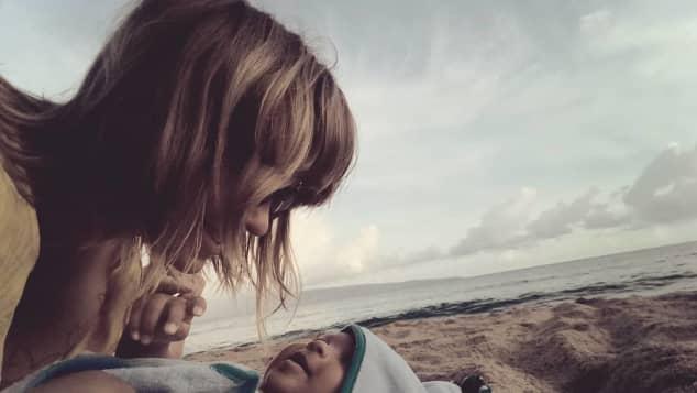 Jasmin Tawil und ihr Sohn