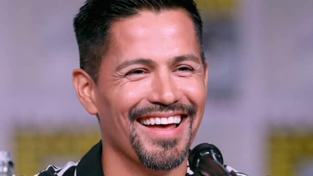 """Jay Hernández spielt in """"Magnum P.I."""" die Rolle des """"Thomas Sullivan Magnum"""""""