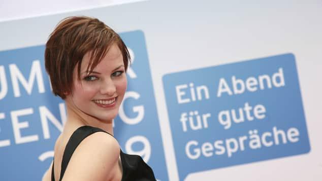"""Jennifer Hof, GNTM Jennifer Hof, """"Germany's Next Topmodel"""" Jennifer Hof, """"Germany's Next Topmodel""""-Kandidatinnen haben schon Kinder"""