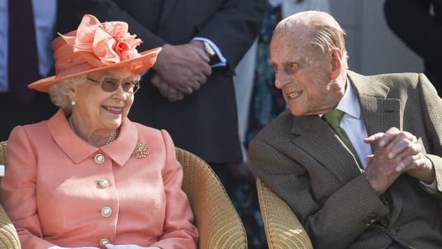 Königin Elisabeth Prinz Philip glücklich