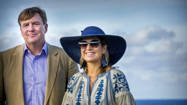 König Willem-Alexander Königin Maxima Niederlande Holland Royals Karibik Urlaub cooler Style Ethno