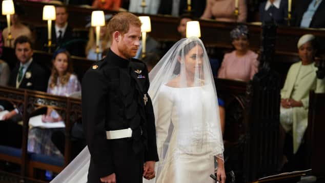 Meghan Markle und Prinz Harry in der Kirche bei ihrer Hochzeit