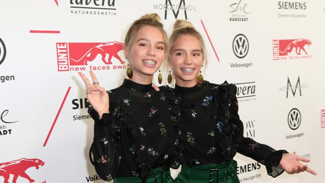 Die Internet-Stars Lisa und Lena beim New Faces Award Style 2017