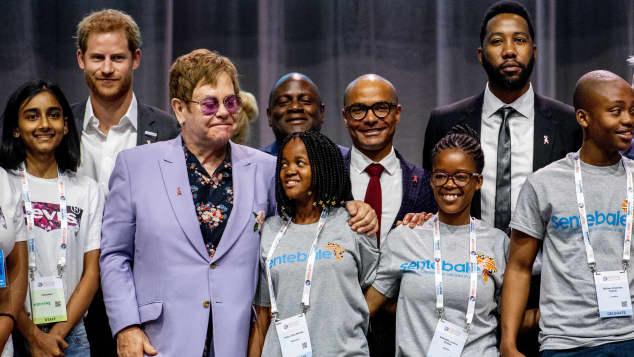 Prinz Harry und Elton John auf Aids-Konferenz