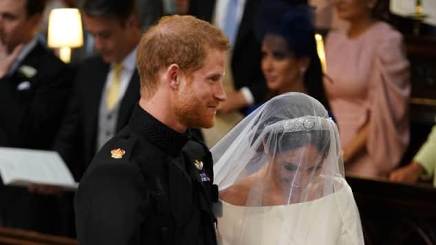 Prinz Harry und Meghan Markle in der Kirche bei ihrer Hochzeit, Prinz Harry, Meghan Markle