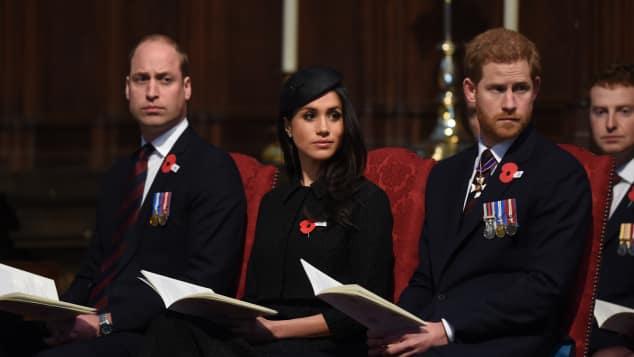 Prinz William, Meghan Markle und Prinz Harry bei einem Gedenkgottesdienst zum ANZAC Day in der Westminster Abbey