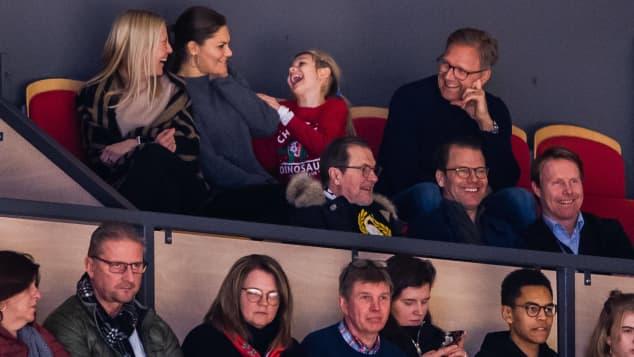 Prinzessin Estelle schien das Eishockey-Spiel sehr zu genießen