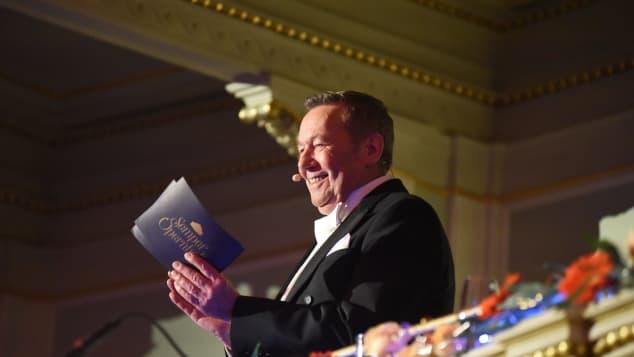 Roland Kaiser ist der Moderator des SemperOpernballs 2020