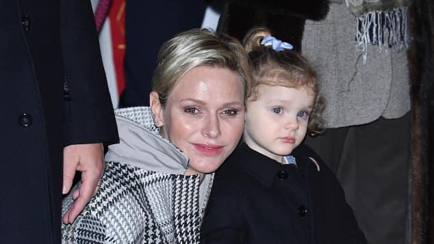 Fürstin Charlène mit ihrer Tochter Prinzessin Gabriella