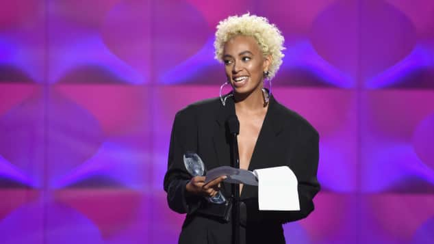 Solange Knowles Awards kurze Haare