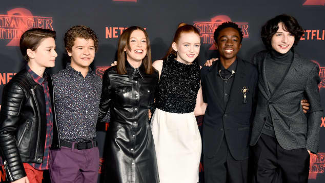 Stranger Things, Stranger Things Gehaltserhöhung, Stranger Things Cast, Stranger Things Cast Gehaltserhöhung, Stranger Things Staffel 3, Stranger Things Staffel 3 Cast, Millie Bobby Brown, Finn Wolfhard, Gaten Matarazzo, Caleb McLaughlin, Noah Schnapp, Sadie Sink