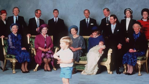 Taufbild von Prinz Harry Britischen Royals Prinz William Prinz Charles Lady Diana