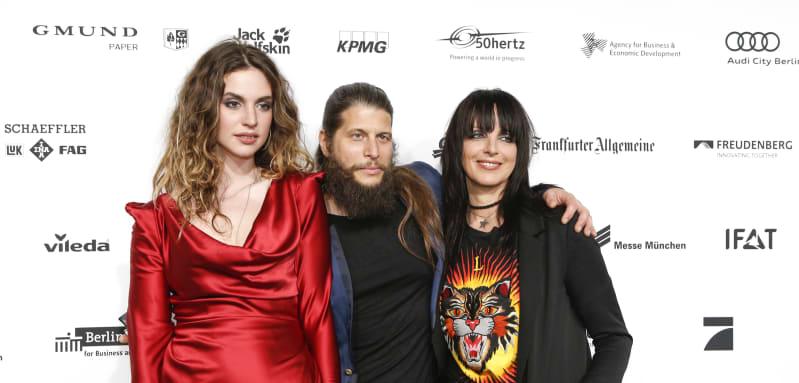 Larissa Freitag, Philipp Palm und Nena