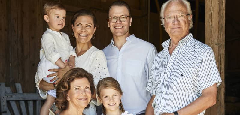 König Carl XVI. Gustaf, Königin Silvia, Prinzessin Victoria, Prinz Daniel, Prinzessin Estelle, Prinz Oscar Urlaub Solliden