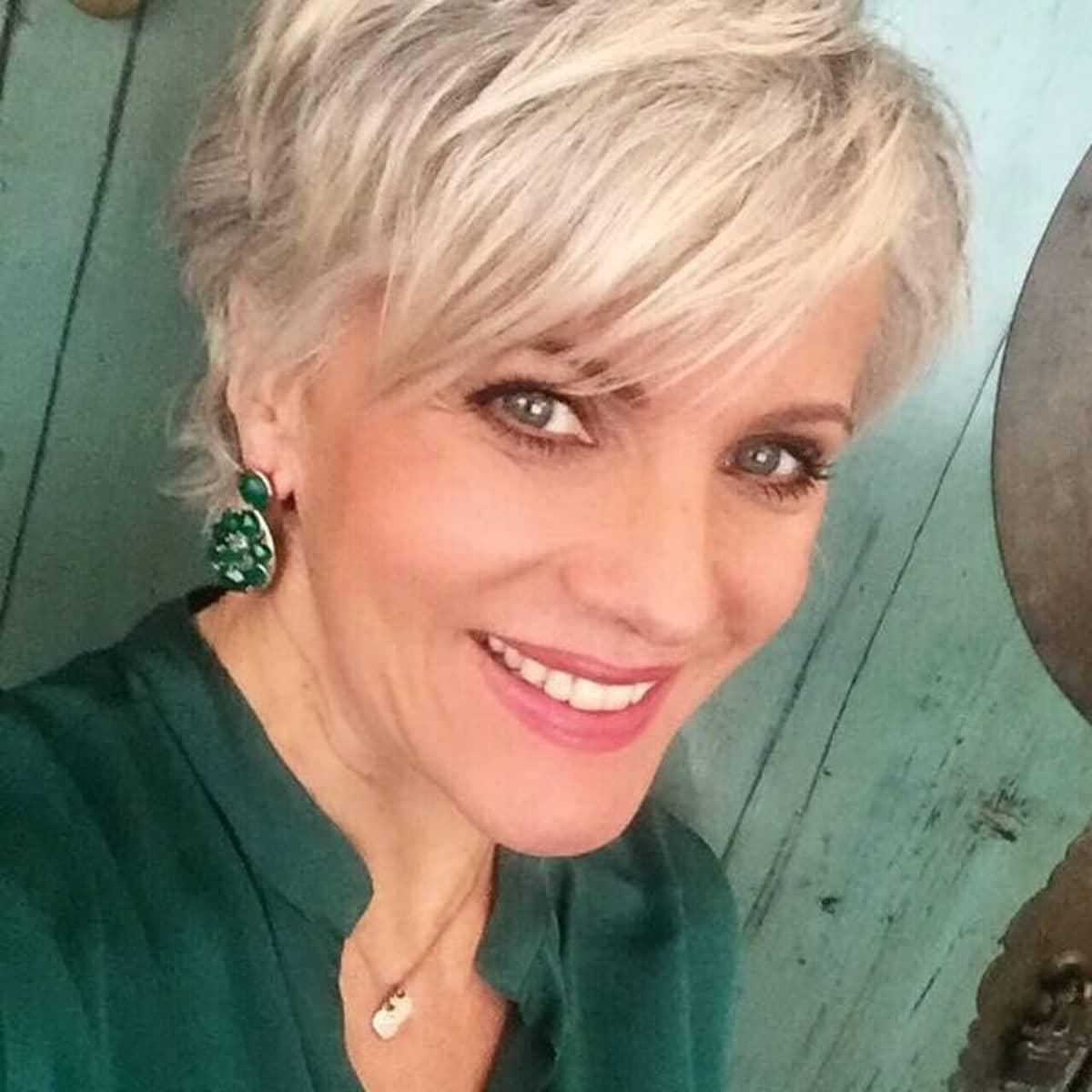 Birgit Schrowange Das Sagt Sie Zu Ihrem Neuen Look