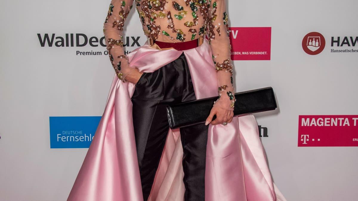 Kleid weggeweht! Barbara Meier zeigt ihre heiße Kehrseite