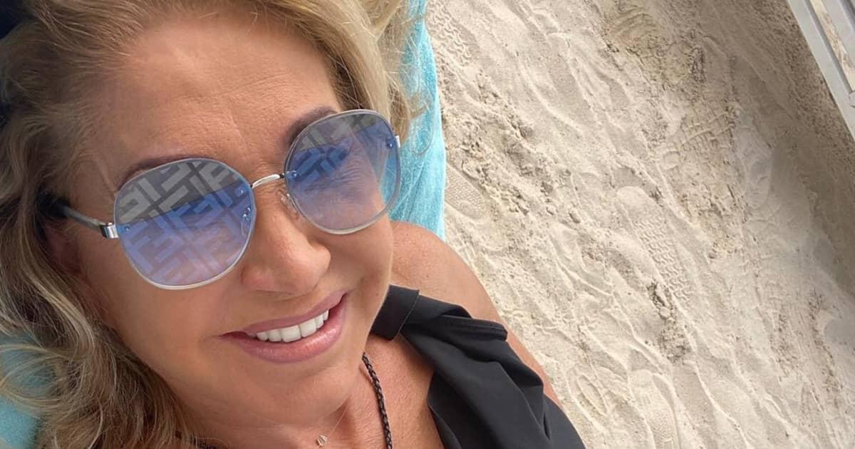 Was ein Body: Carmen Geiss zeigt sich im heißen Cut-Out