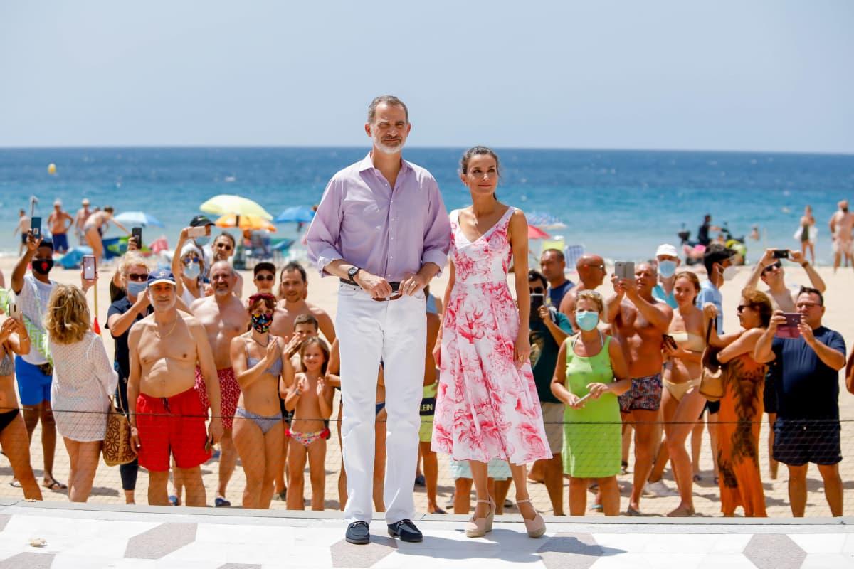 Königin Letizia zeigt sich in traumhaften Sommerlooks