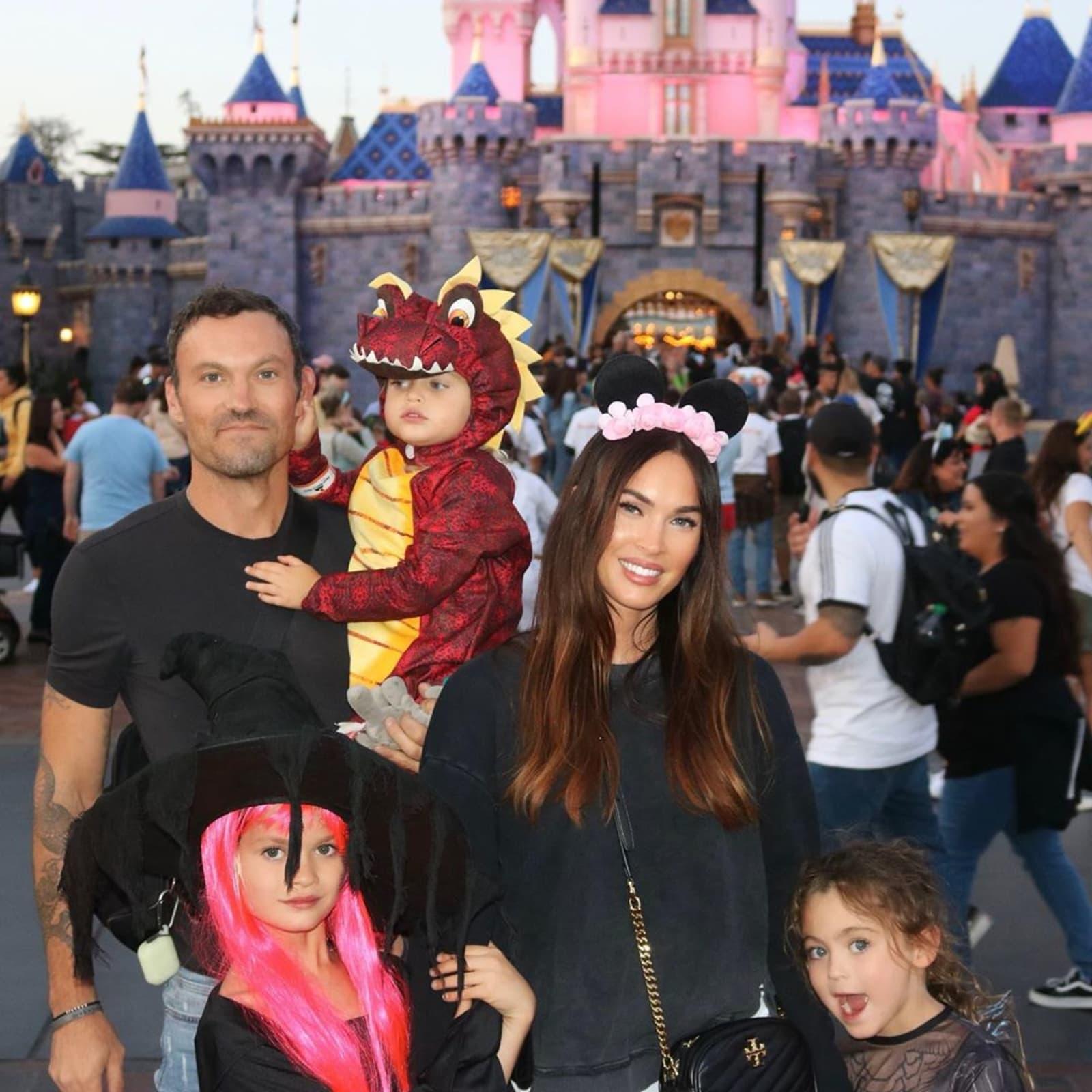 Megan Fox teilt seltene Familienfotos mit Brian Austin Green und den Kindern