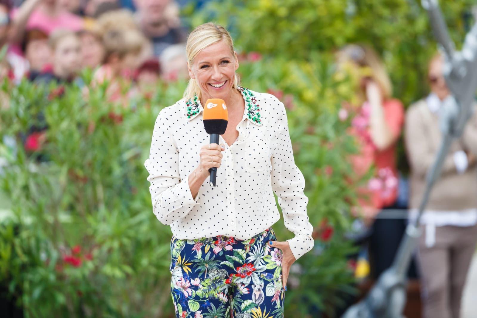 Andrea Kiewels umstrittene Looks: Das sind ihre Top und Flop Outfits