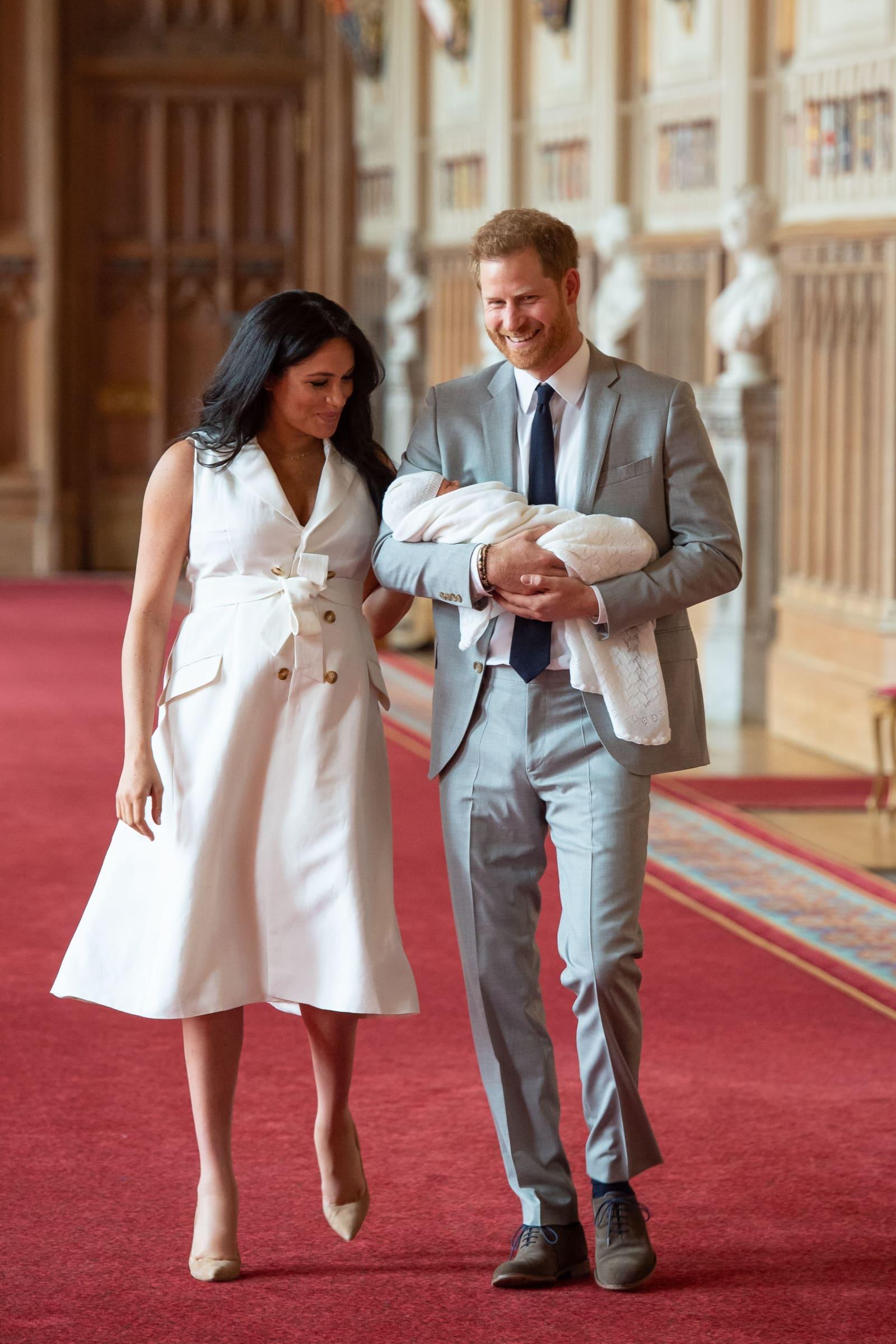 5 Ganz Besondere Fakten über Das Erste Baby Von Harry Meghan