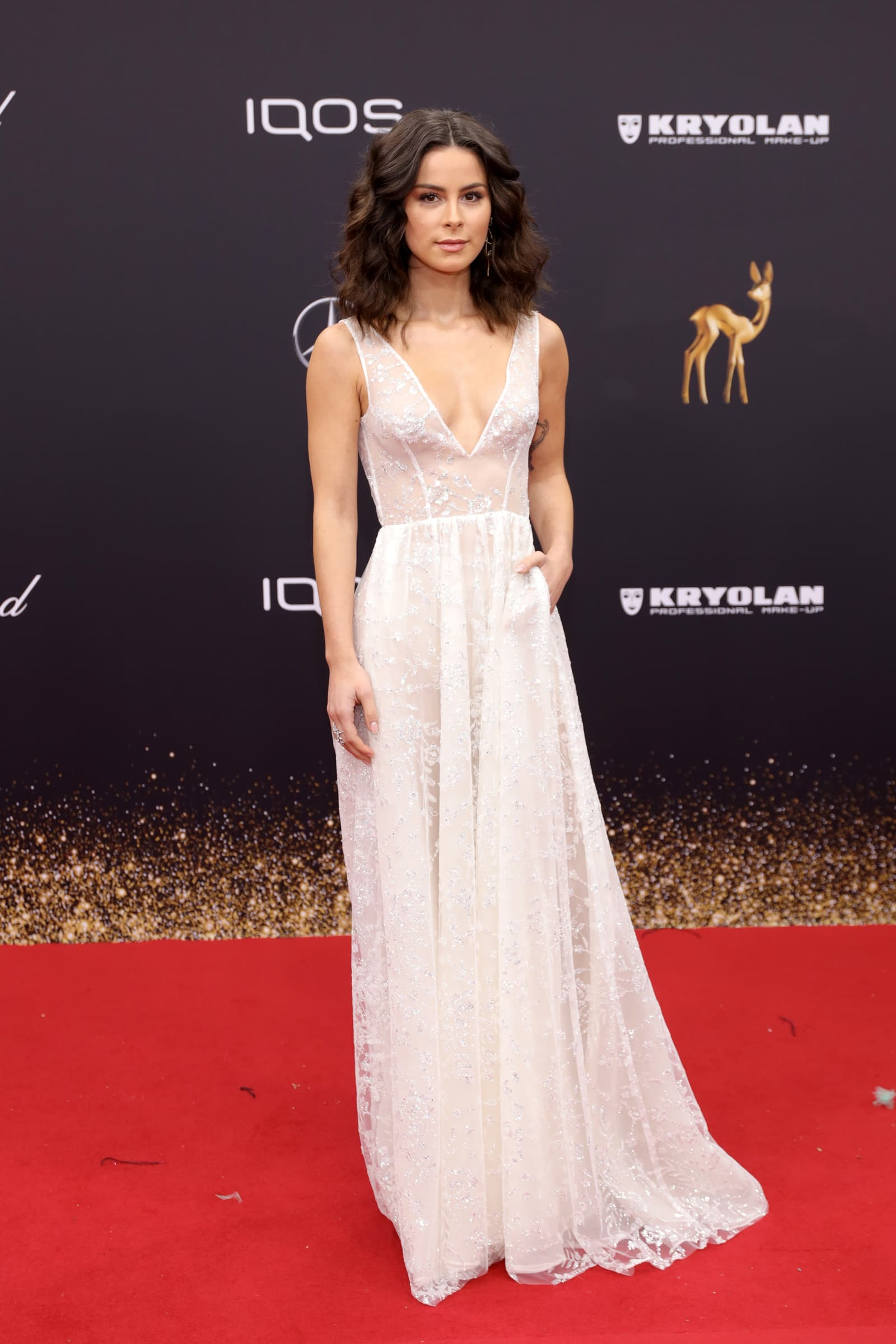 Bambi 2019: Lena Meyer-Landrut erscheint im durchsichtigen Kleid