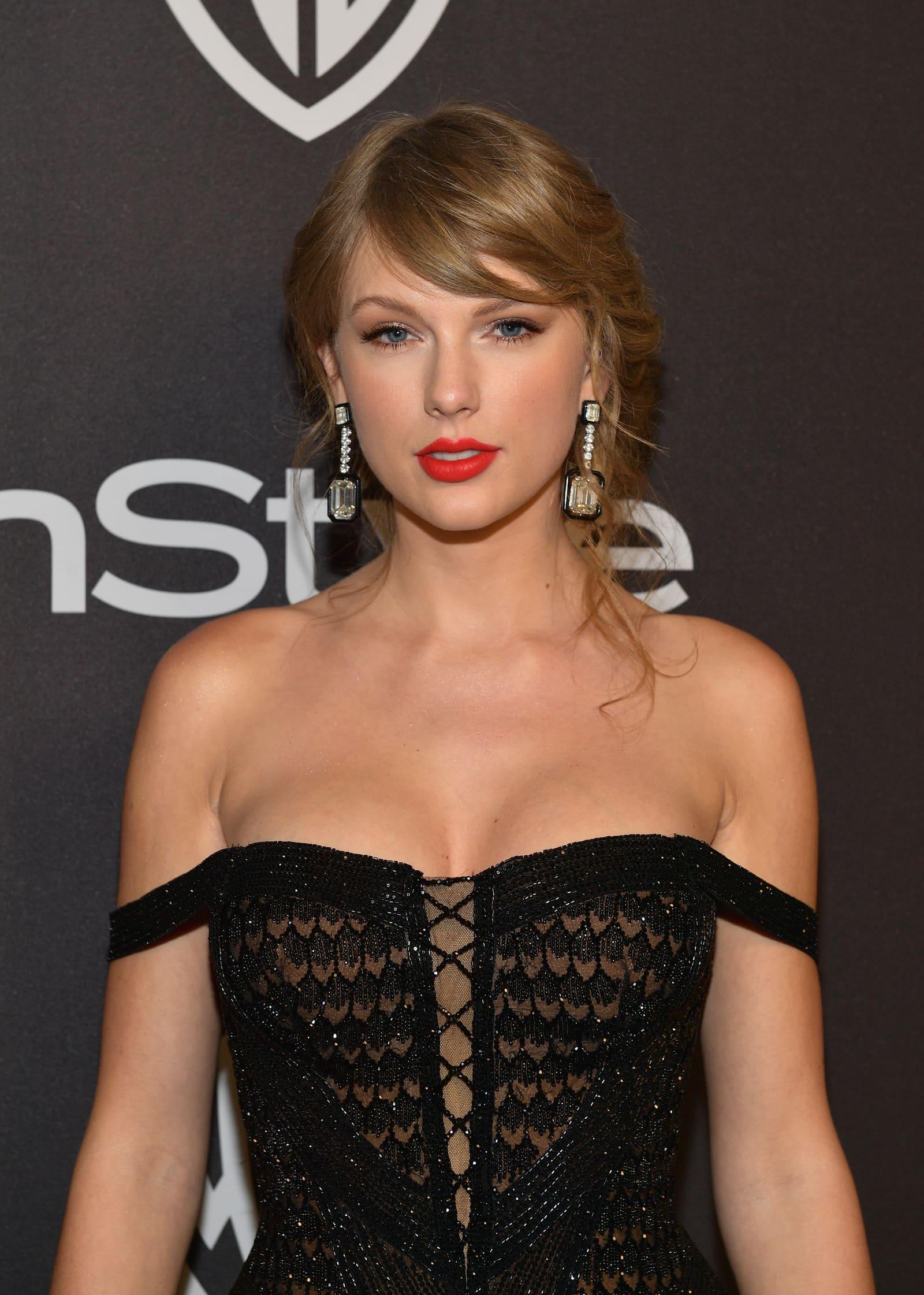 """Taylor Swift vergleicht sich mit """"Danaerys Targaryen"""" von """"Game of Thrones"""""""