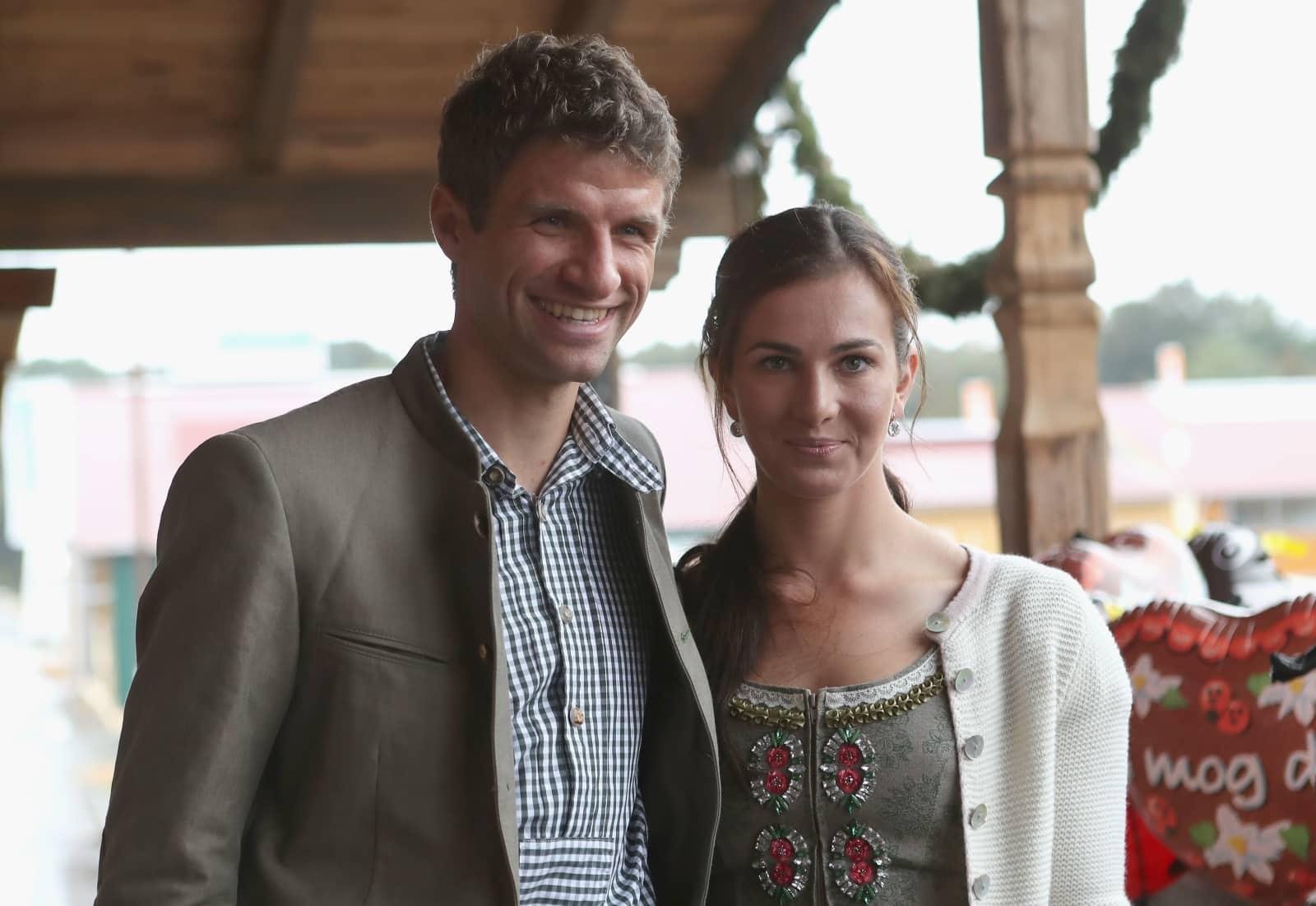 Thomas Müller Und Frau