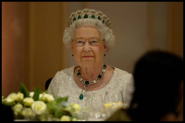 So erfuhr die Queen von Lady Dis Tod