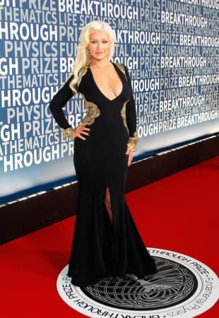 Christina Aguilera präsentiert ihre sexy Kurven beim Breakthrough Prize 2015
