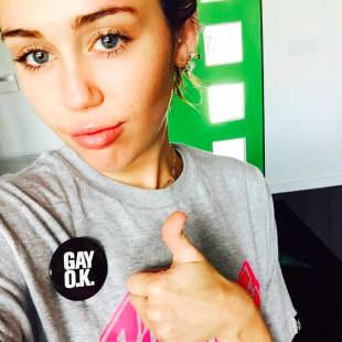 Miley Cyrus setzt mit diesem Button ein klares Statement