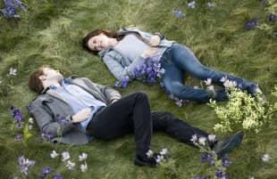 """Robert Pattinson und Kristen Stewart in """"Eclipse – Biss zum Abendrot"""""""