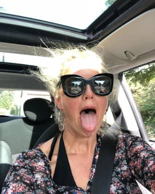 Barbara Schöneberger Auto-Selfie