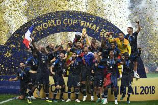 Die französische Fußball-Nationalmannschaft feiert ihren zweiten WM-Titel