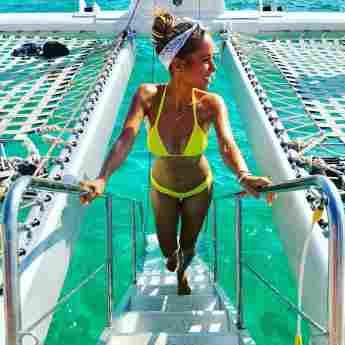 Annemarie Carpendale Bikini Figur